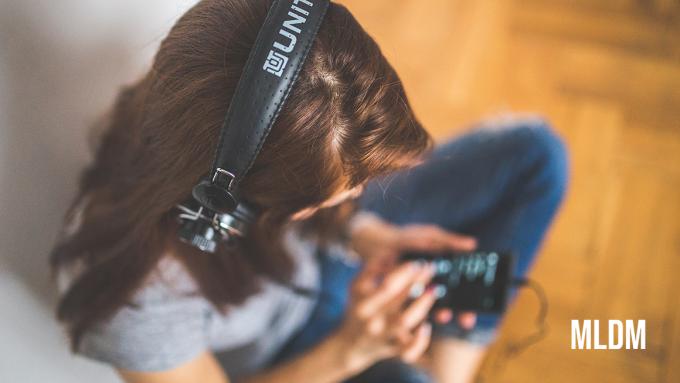 Los mejores podcasts en español - Top 10